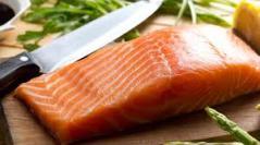 salmon-knife